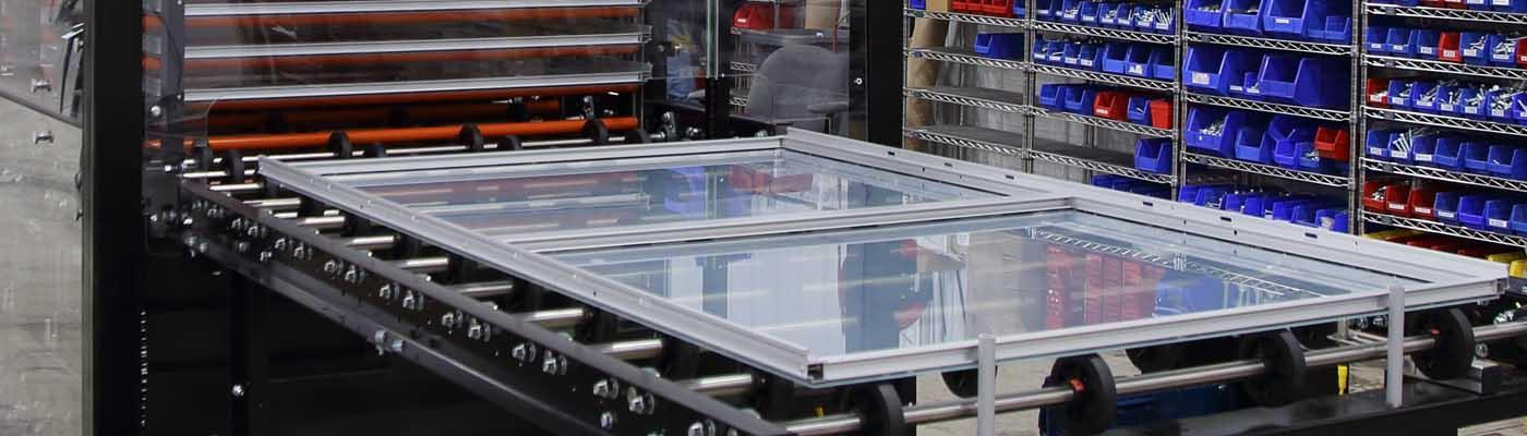 Banner glass panel vertical buffer